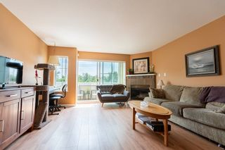 """Photo 4: 9 1383 BRUNETTE Avenue in Coquitlam: Maillardville Townhouse for sale in """"CHATEAU LAVAL"""" : MLS®# R2281568"""