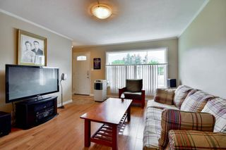 Photo 3: 727 SEVENTH Avenue in Hope: Hope Center House for sale : MLS®# R2091035