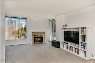 Photo 2: 703-7077 Beresford Street in Burnaby: Highgate Condo for sale (Burnaby South)  : MLS®# R2445324
