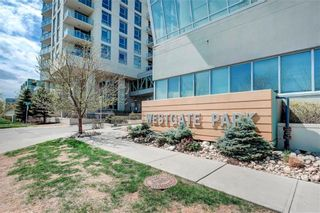Photo 1: 1805 99 SPRUCE Place SW in Calgary: Spruce Cliff Apartment for sale : MLS®# C4245616