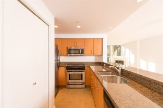 """Photo 10: 206 189 NATIONAL Avenue in Vancouver: Mount Pleasant VE Condo for sale in """"THE SUSSEX"""" (Vancouver East)  : MLS®# R2018042"""