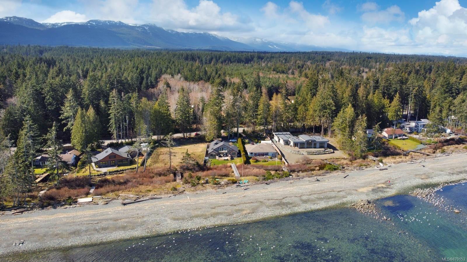 Main Photo: 6315 W Island Hwy in : PQ Qualicum Beach House for sale (Parksville/Qualicum)  : MLS®# 870153