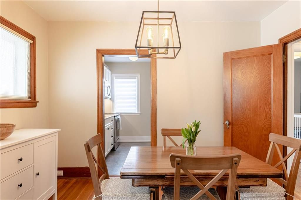 Photo 8: Photos: 292 Beaverbrook Street in Winnipeg: River Heights North Residential for sale (1C)  : MLS®# 202109631