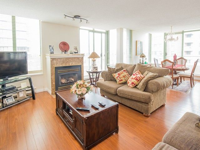 """Main Photo: 1340 7288 ACORN Avenue in Burnaby: Highgate Condo for sale in """"THE DUNHILL"""" (Burnaby South)  : MLS®# V993020"""