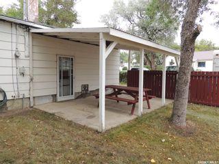 Photo 4: 802 Isabelle Street in Estevan: Hillside Residential for sale : MLS®# SK866337