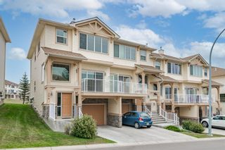Photo 2: 296 Sunset Point: Cochrane Row/Townhouse for sale : MLS®# A1134676