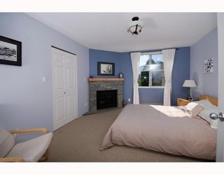 "Photo 5: 13 40200 GOVERNMENT Road in Squamish: Garibaldi Estates Townhouse for sale in ""VIKING RIDGE"" : MLS®# V777681"