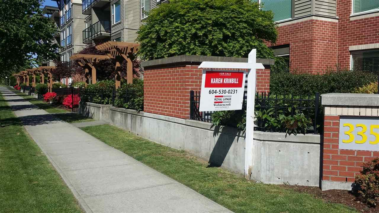"""Main Photo: 403 33538 MARSHALL Road in Abbotsford: Central Abbotsford Condo for sale in """"The Crossing"""" : MLS®# R2159549"""