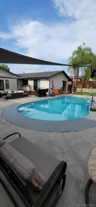 Photo 49: SPRING VALLEY House for sale : 4 bedrooms : 10067 Diversion Dr