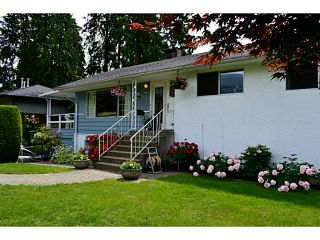 """Photo 3: 1135 RIDGEWOOD Drive in North Vancouver: Edgemont House for sale in """"EDGEMONT VILLAGE"""" : MLS®# V1069941"""