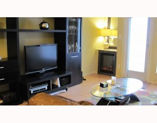 """Photo 6: 212 315 KNOX Street in New Westminster: Sapperton Condo for sale in """"SAN MARINO"""" : MLS®# V809268"""