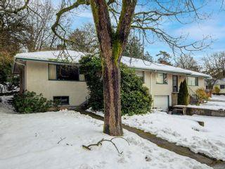 Photo 2: A&B 904 Admirals Rd in : Es Esquimalt Full Duplex for sale (Esquimalt)  : MLS®# 866200