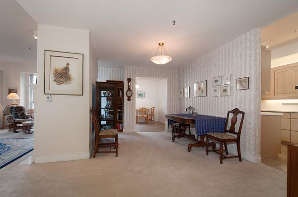 """Photo 15: Photos: # 311 3755 W 8TH AV in Vancouver: Point Grey Condo for sale in """"THE CUMBERLAND"""" (Vancouver West)  : MLS®# V1040579"""
