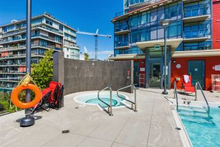 "Photo 15: 703 38 W 1ST Avenue in Vancouver: False Creek Condo for sale in ""THE ONE BY PINNACLE"" (Vancouver West)  : MLS®# R2091565"