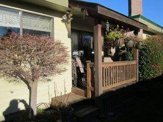 """Photo 17: 1 14217 18A Avenue in Surrey: Sunnyside Park Surrey Townhouse for sale in """"Sunhill Gardens"""" (South Surrey White Rock)  : MLS®# R2326029"""
