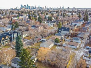 Photo 8: 2719 18 Street NW in Calgary: Capitol Hill Semi Detached for sale : MLS®# A1054076