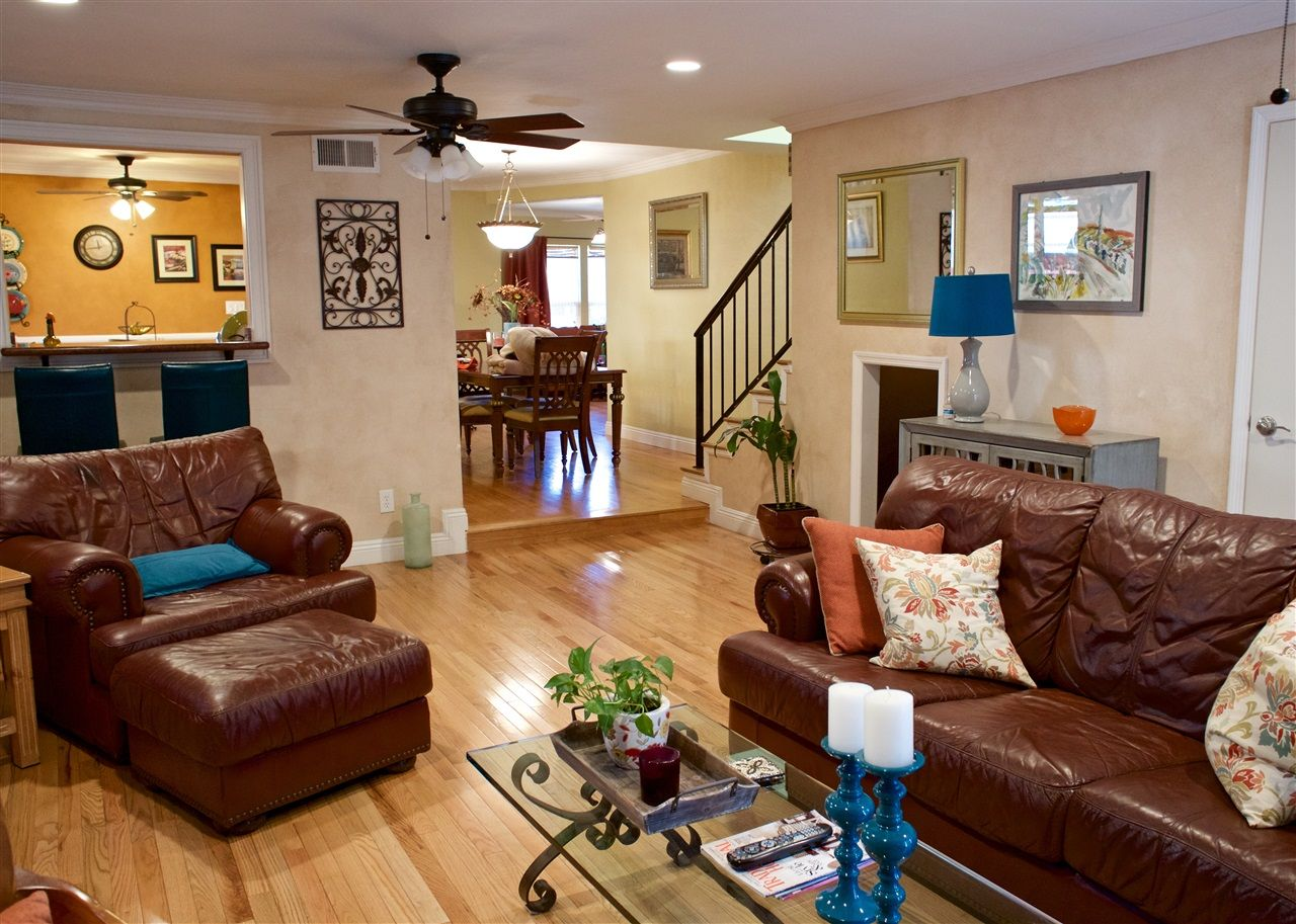 Main Photo: Detached for sale: 2128 Tulip Street in San Diego
