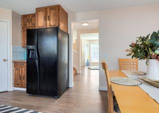 Photo 11: 26 River Rock Way SE in Calgary: Riverbend Detached for sale : MLS®# A1147690