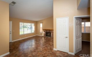 Photo 5: House for sale : 4 bedrooms : 39552 Crystal Lake Court in Murrieta