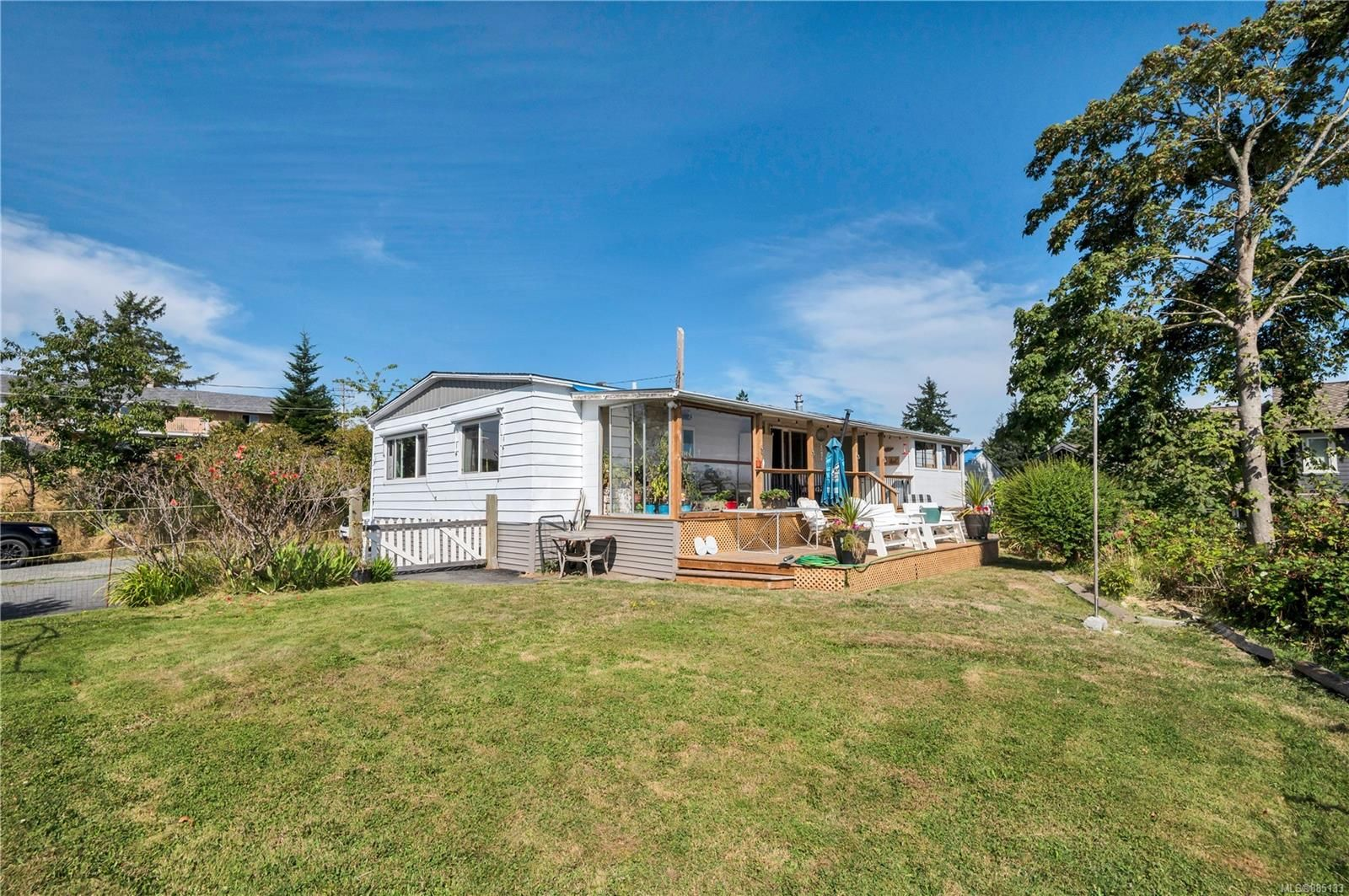 Main Photo: 1 1406 Perkins Rd in : CR Campbell River North Manufactured Home for sale (Campbell River)  : MLS®# 885133