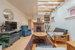 """Photo 5: 1056 E 14TH Avenue in Vancouver: Mount Pleasant VE House for sale in """"Cedar Cottage"""" (Vancouver East)  : MLS®# R2624585"""