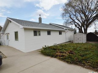Photo 38: 1129 ATHABASCA Street West in Moose Jaw: Palliser Residential for sale : MLS®# SK860342