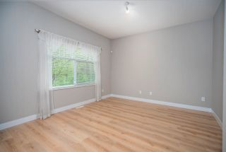 """Photo 3: 20 7488 MULBERRY Place in Burnaby: The Crest Townhouse for sale in """"SIERRA RIDGE"""" (Burnaby East)  : MLS®# R2571433"""