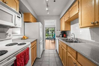 "Photo 8: 204 966 W 14TH Avenue in Vancouver: Fairview VW Condo for sale in ""Windsor Gardens"" (Vancouver West)  : MLS®# R2576023"