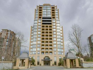 """Photo 1: 408 7368 SANDBORNE Avenue in Burnaby: South Slope Condo for sale in """"MAYFAIR 1"""" (Burnaby South)  : MLS®# R2380990"""