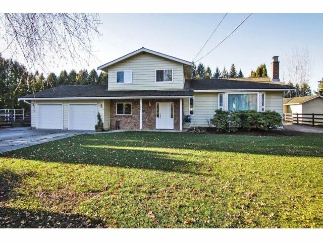 """Main Photo: 24697 48B Avenue in Langley: Salmon River House for sale in """"STRAWBERRY HILLS"""" : MLS®# F1326525"""