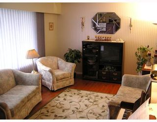 Photo 2: 151 NUGGET Avenue in Prince_George: Highglen House for sale (PG City West (Zone 71))  : MLS®# N187523