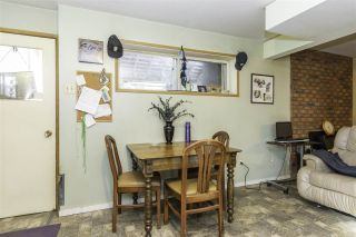 Photo 3: 230 ALLISON Avenue in Hope: Hope Center House for sale : MLS®# R2529183