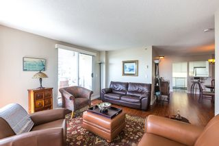 """Photo 4: 902 1185 QUAYSIDE Drive in New Westminster: Quay Condo for sale in """"RIVIERA MANSIONS"""" : MLS®# R2085101"""