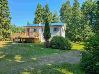"""Photo 3: 3700 NAISMITH Crescent in Prince George: Buckhorn House for sale in """"BUCKHORN"""" (PG Rural South (Zone 78))  : MLS®# R2597858"""