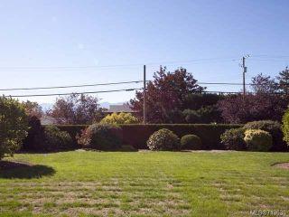 Photo 21: 103 1902 COMOX Avenue in COMOX: CV Comox (Town of) Condo for sale (Comox Valley)  : MLS®# 713630