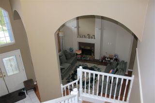 Photo 12: 8247 150A Street in Surrey: Bear Creek Green Timbers House for sale : MLS®# R2144026