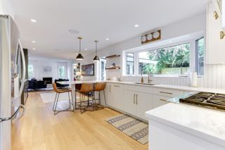 """Photo 8: 1086 PACIFIC Court in Delta: English Bluff House for sale in """"THE VILLAGE"""" (Tsawwassen)  : MLS®# R2553515"""