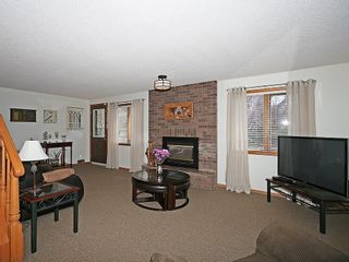 Photo 19: 359 HAWKCLIFF Way NW in Calgary: Hawkwood House for sale : MLS®# C4116388