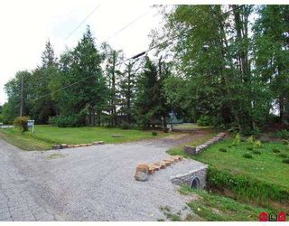 Photo 1: 21298 36th Ave in Brookswood Langley: Home for sale : MLS®# f2722103