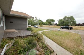 Photo 2: 10720 47 Street in Edmonton: Zone 19 House for sale : MLS®# E4255263