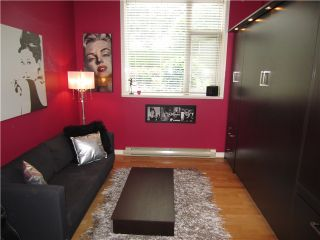 """Photo 5: 100 1788 W 13TH Avenue in Vancouver: Fairview VW Condo for sale in """"MAGNOLIA"""" (Vancouver West)  : MLS®# V985193"""