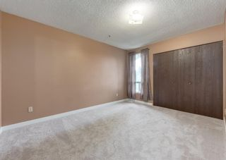 Photo 15: 228 Berwick Drive NW in Calgary: Beddington Heights Semi Detached for sale : MLS®# A1137889