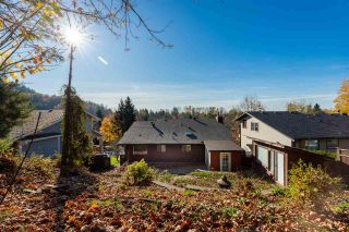 Photo 4: 3350 OMINECA Court in Abbotsford: Abbotsford East House for sale : MLS®# R2416525