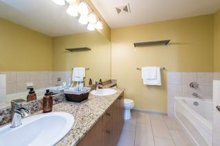 """Photo 24: 407 14 E ROYAL Avenue in New Westminster: Fraserview NW Condo for sale in """"Victoria Hill"""" : MLS®# R2280789"""