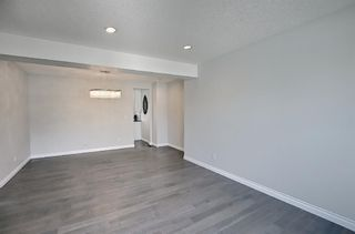 Photo 5: 29 West Cedar Point SW in Calgary: West Springs Detached for sale : MLS®# A1131789