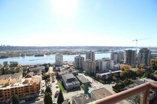 """Photo 1: 1701 320 ROYAL Avenue in New Westminster: Downtown NW Condo for sale in """"THE PEPPER TREE"""" : MLS®# R2196193"""