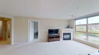 Photo 4: 416 9319 UNIVERSITY Crescent in Burnaby: Simon Fraser Univer. Condo for sale (Burnaby North)  : MLS®# R2575463