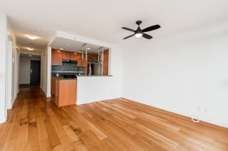 """Photo 8: 2302 583 BEACH Crescent in Vancouver: Yaletown Condo for sale in """"Park West 2 Yaletown"""" (Vancouver West)  : MLS®# R2179212"""