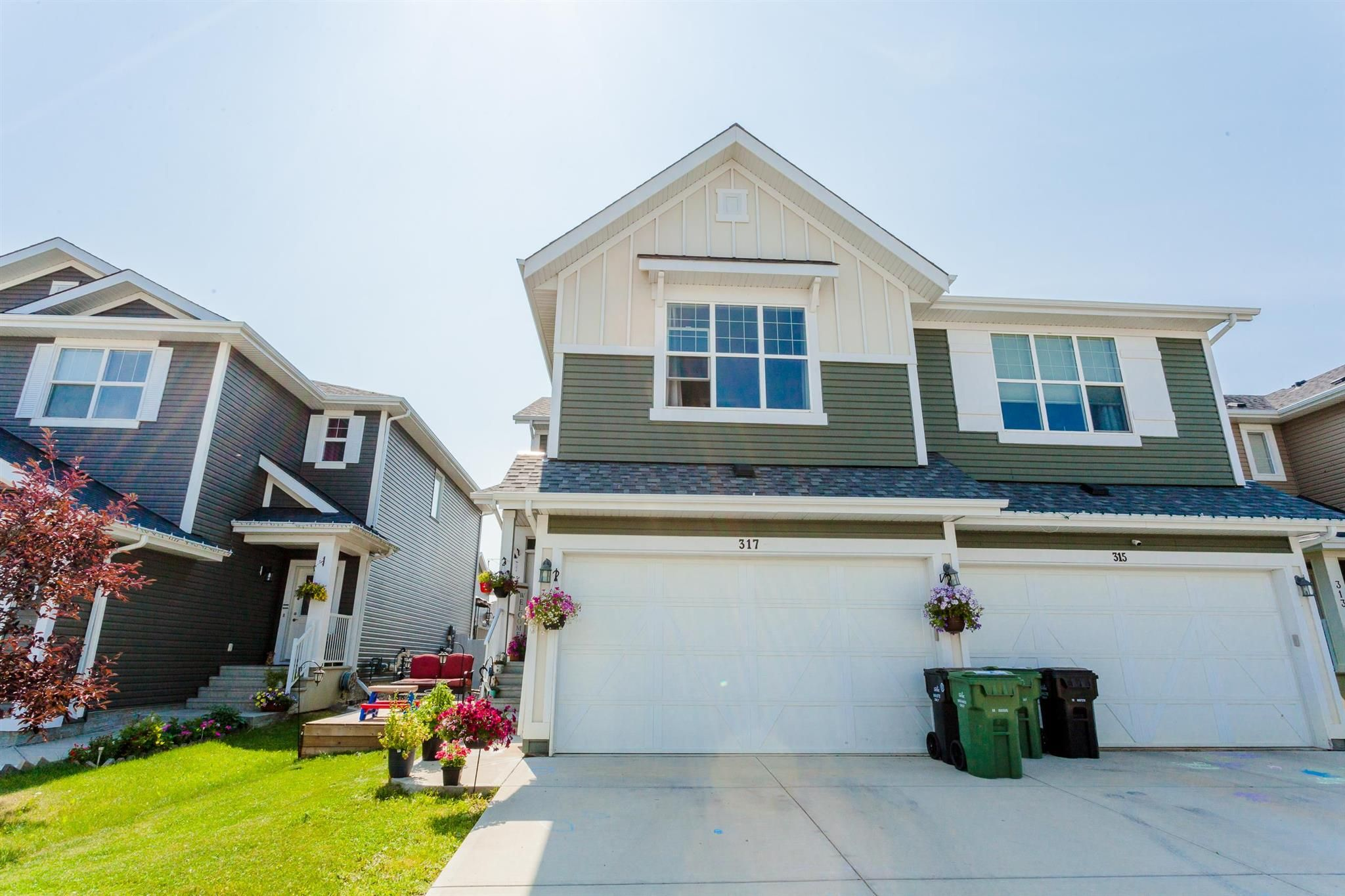 Main Photo: 317 Simmonds Way: Leduc House Half Duplex for sale : MLS®# E4254511