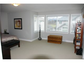 """Photo 7: 19485 THORBURN Way in Pitt Meadows: South Meadows House for sale in """"RIVERS EDGE"""" : MLS®# V991085"""
